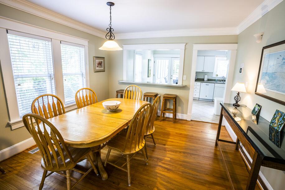 MS dining room