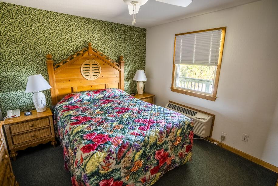 suite 302 bedroom