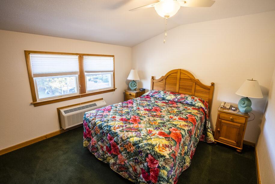 suite 304 bedroom
