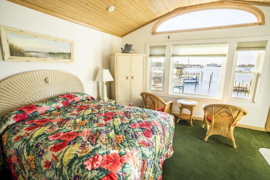 suite 401 interior